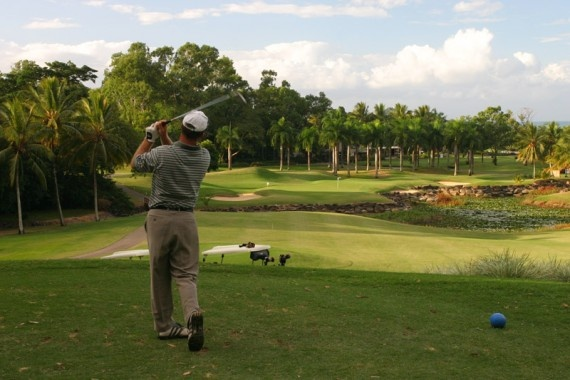 Places to tee off | Paradise Palms, Palm Cove
