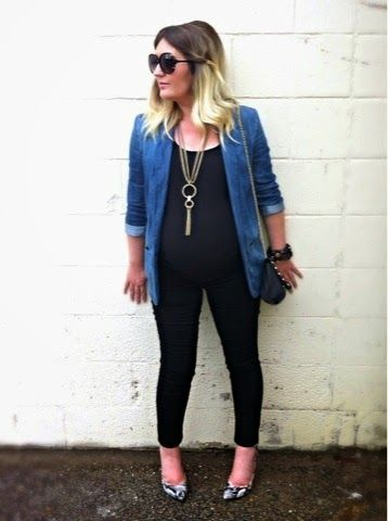 Denim & Black | Liv.vie In Love Denim boyfriend blazer, black tank, black skinny jeans, snake print pumps, gold necklace, button band cuff, studded bag, and oversized sunglasses. Maternity style, maternity fashion, pregnancy style, pregnancy fashion, baby bump style, baby bump, 36 weeks, ootd, wiwt, blogger, fashion stylist