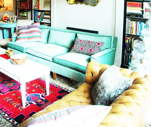Little Green Notebook: Baker Sofa Upholstery