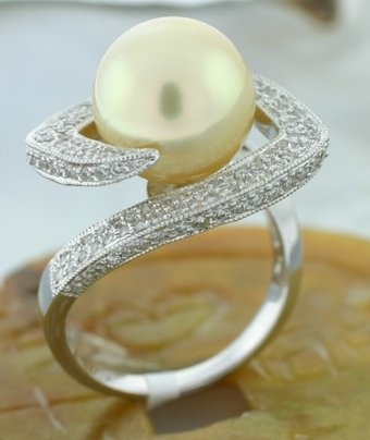 Golden South Seas Pearl Ring