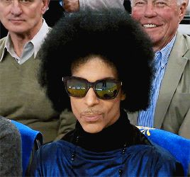 PAISLEY'S PRINCE - Prince at a Warriors basketball game at Oracle...