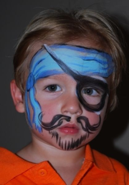 Face painting - pirate