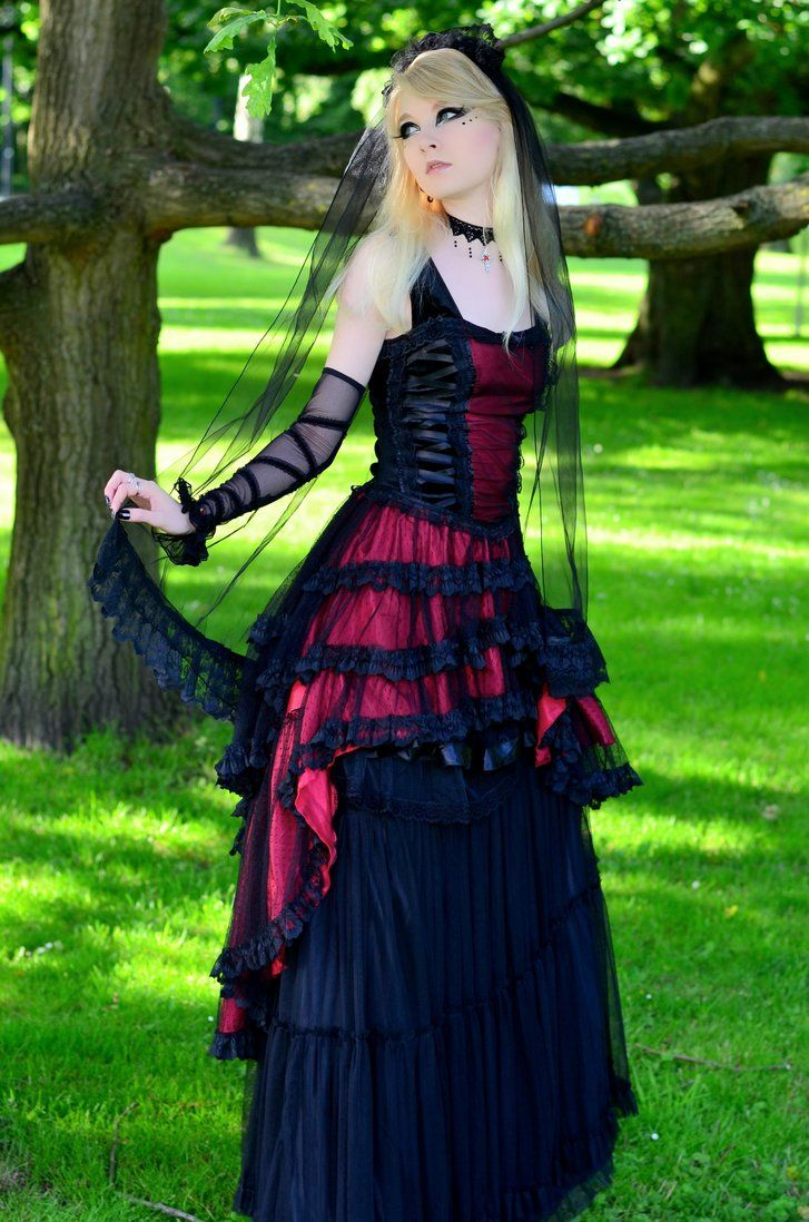 40 best romantic goth images on pinterest  gothic beauty