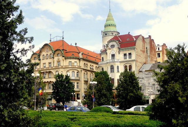 Travel and Lifestyle Diaries Blog: Art Nouveau and Viennese Secession Architecture in Oradea, Romania
