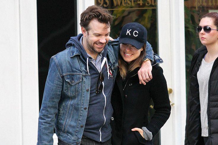 Revlon kozmetik markasının yüzü olan Olivia Wilde ve nişanlısı Jason Sudeikis, hamilelik söylentilerini People dergisine göre 28 Ekim tarihinde onayladı. 19 yaşında İtalyan film yapımcısı Tao Ruspoli ile olan evliliğini 2011 yılında sonlandıran 29 yaşındaki Wilde ve Sudeikis yakın arkadaşlarının da onayladıkları gibi çok neşeli görünüyorlar ve doğacak bebeklerini sabırsızlıkla bekliyorlar.