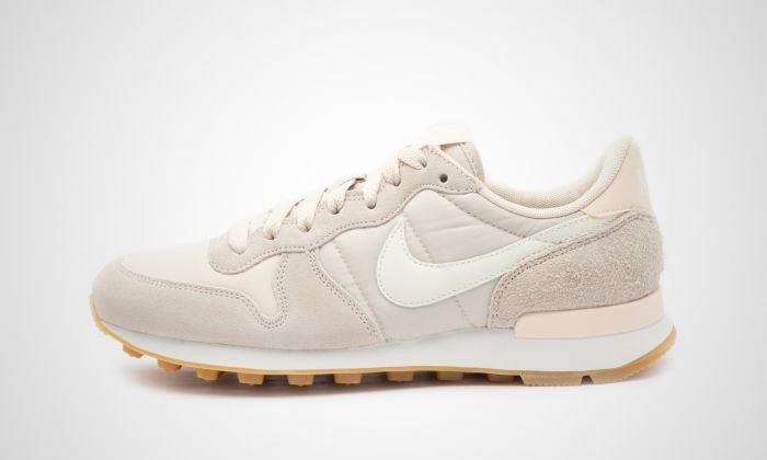 Nike - WMNS Internationalist (beige / pink) | Nike ...