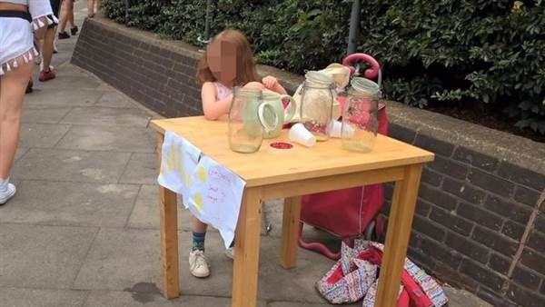 London Cop Gives 5 Year Old Girl $200 Ticket for Lemonade Stand http://betiforexcom.livejournal.com/26592756.html  Monsters. You're all monsters in England and should be stopped. When we had the chance, during world war 2, while our army was protecting you from becoming Hitler's lampshades, we should've put an end to the British people once and for all. But because we didn't, this is what I am writing about.An innocent 5 year old girl was partaking in the sale of lemonade in the street, a…