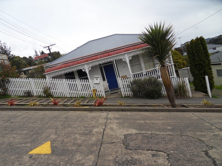 Baldwin Street, Dunedin, New Zealand ~ the steepest street in the world.