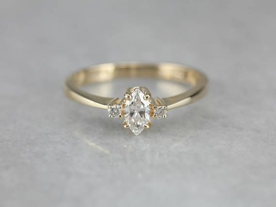 Love this. So sweet and dainty! A classic!! ✨ #UniqueEngagementRings