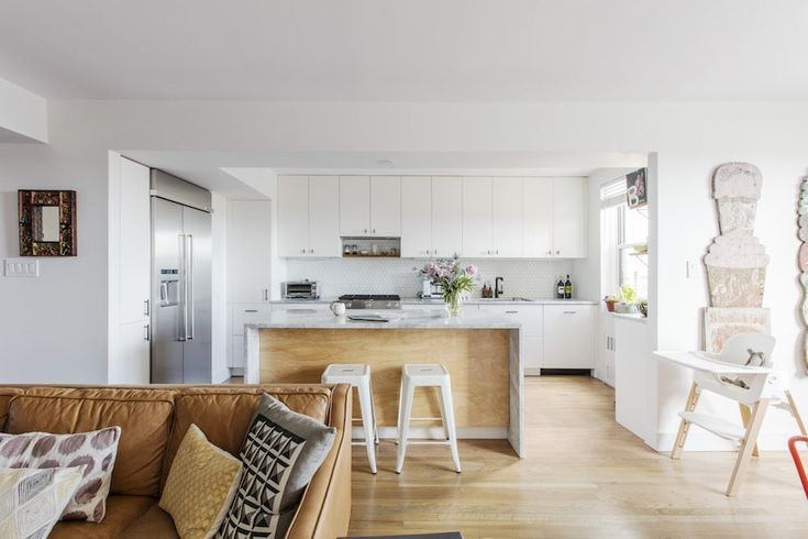When it's time to work on the most personal project of all—renovating your own home—more and more architects are coming to Sweeten to find the right general contractor. Tour 5 homes renovated by architect-homeowners with Sweeten on the blog.