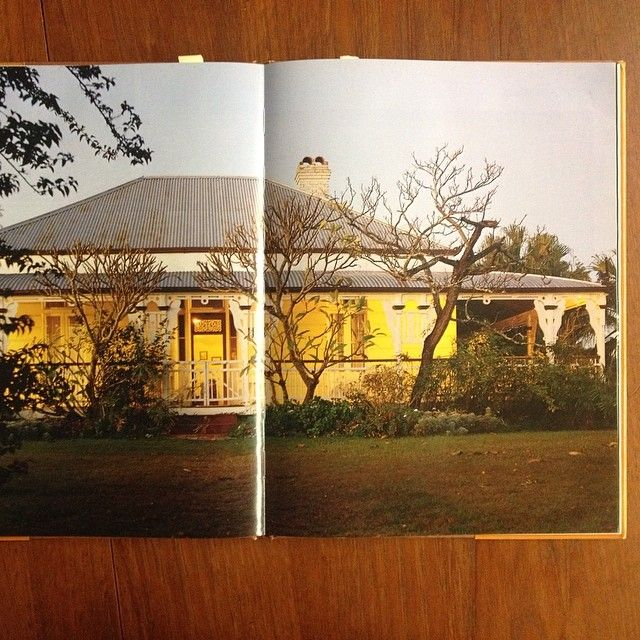 Doing a bit of public holiday reading - love these classic #australian #cottage & #homestead homes