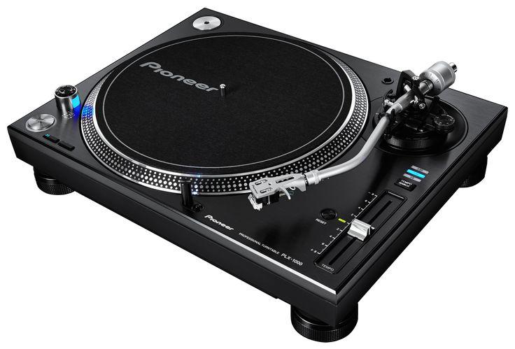 Pioneer présente la PLX 1000, une platine vinyle pro pour DJ ou écoute Hi-fi de haute qualité. Un couple moteur de 4.5kg/cm, spécial Scratch et mix avec forte précision. Pitch jusqu'à +/- 50% !