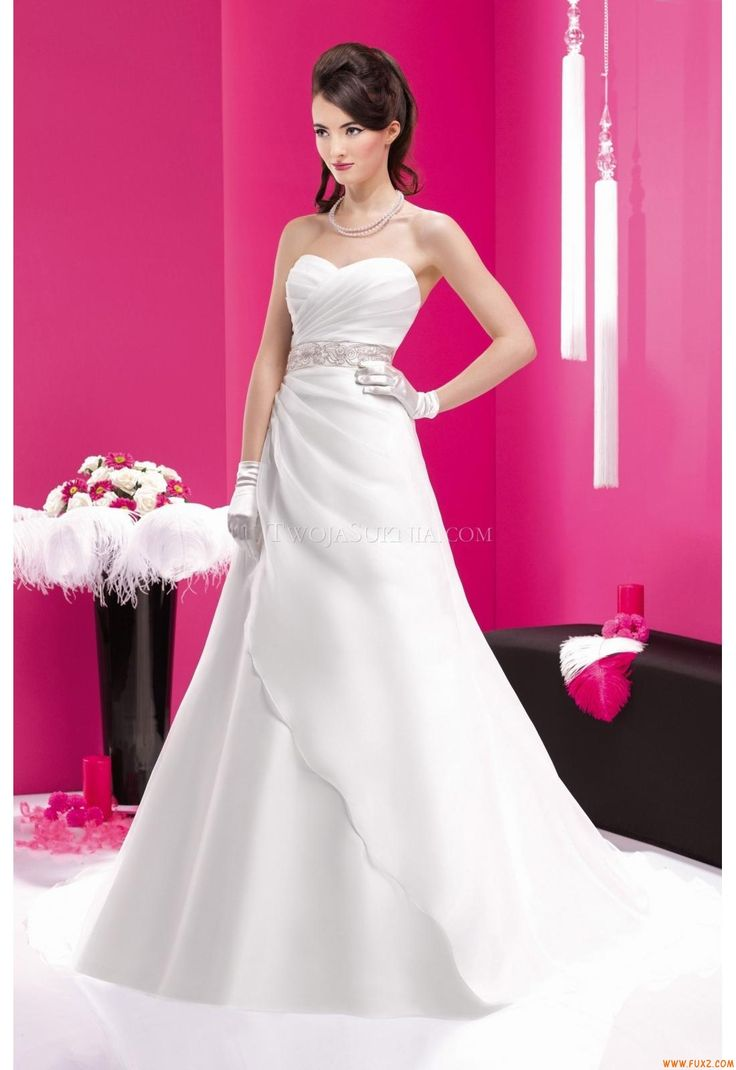 157 best Wedding Dresses Fara Sposa images on Pinterest   Short ...