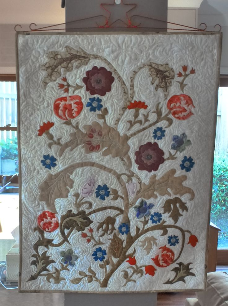Portiere, a wall hanging .  Pattern by Michele Hill from the book More William Morris Applique