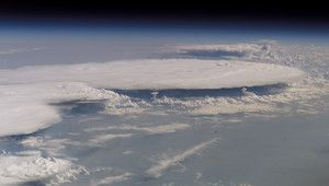 Amboss-Wolke, aufgenommen an Bord der ISS. Foto: NASA