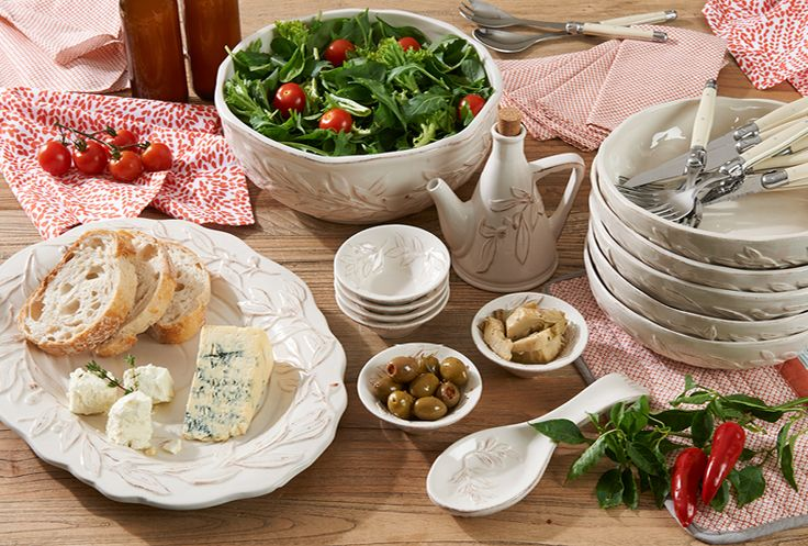 Use textural dinnerware in soft, neutral shades to create an indoor picnic inspired by the wintery mood #tabletop #bedbathntable