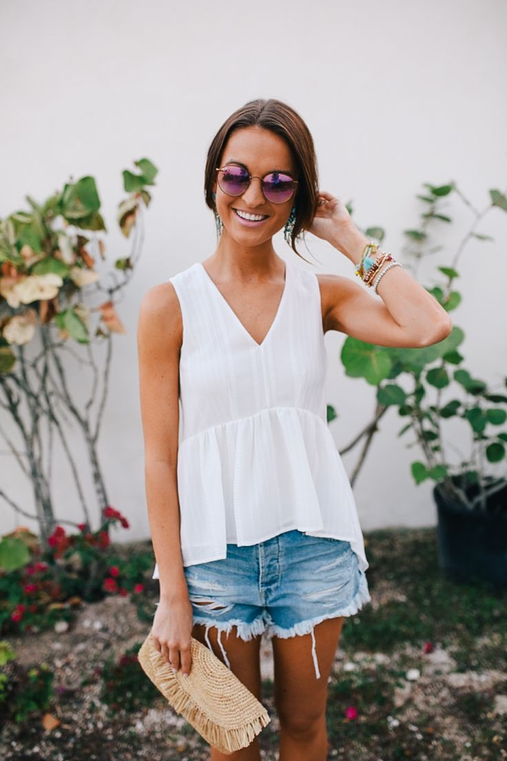 Rounding up my favorite denim for spring: everything from cut-off shorts to skinny jeans, with options at every price point!