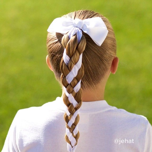 Do You Play Tennis Figure Skate Or Soccer This Hairstyle Will Be Perfect For