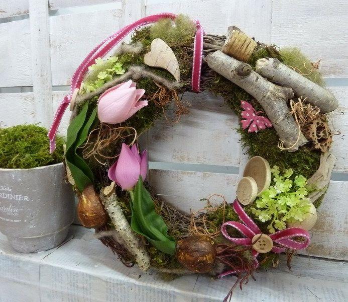 ♥♥ Tulpenfrühling ♥♥ Frühlingskranz NATUR von ♥♥ kranzkunst ♥♥ auf DaWanda.com