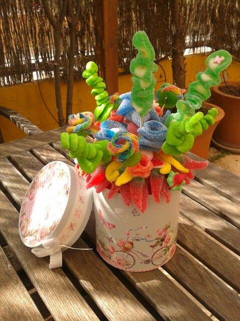 Flores de chuches, golosinas. P Catering de golosinas. pypcateringdegolosinas@gmail.com