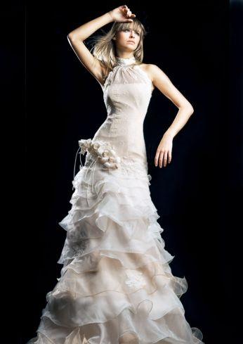 Suknia ślubna z falbanami w kształcie litery A - Bridal dress A-line, custom wedding dress