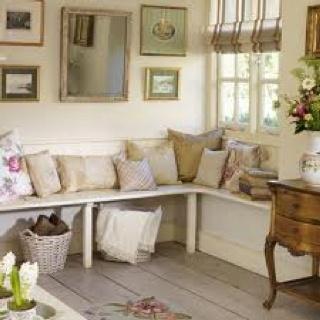 Pillows, bench seat, baskets