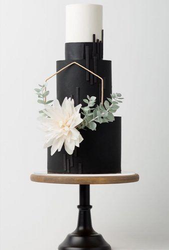 Schwarz-Weiß-Hochzeitstorten-Ideen ★ Weitere Informationen: www.weddingforwar …   – cakes