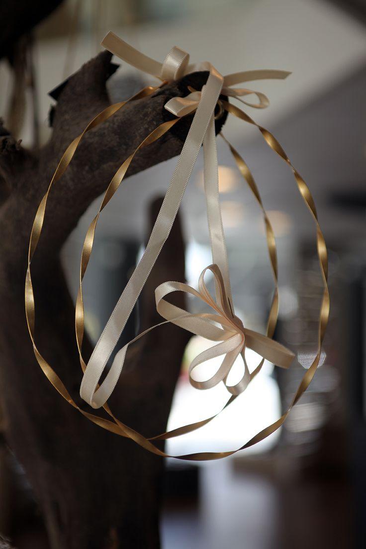 Στέφανα γάμου απο στριφτό πλακέ χρυσό Atelier Zolotas #ThisIsHandmade
