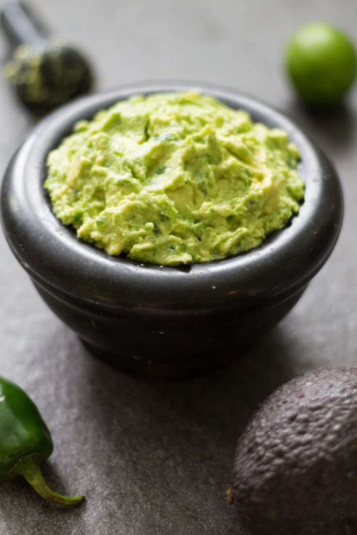 This spicy guacamole recipe is made with fresh avocados, jalapenos, lime juice, and sea salt. It's perfect for guacamole lovers who love a little heat! #20MinutesToTasty #ad @farmrichsnacks