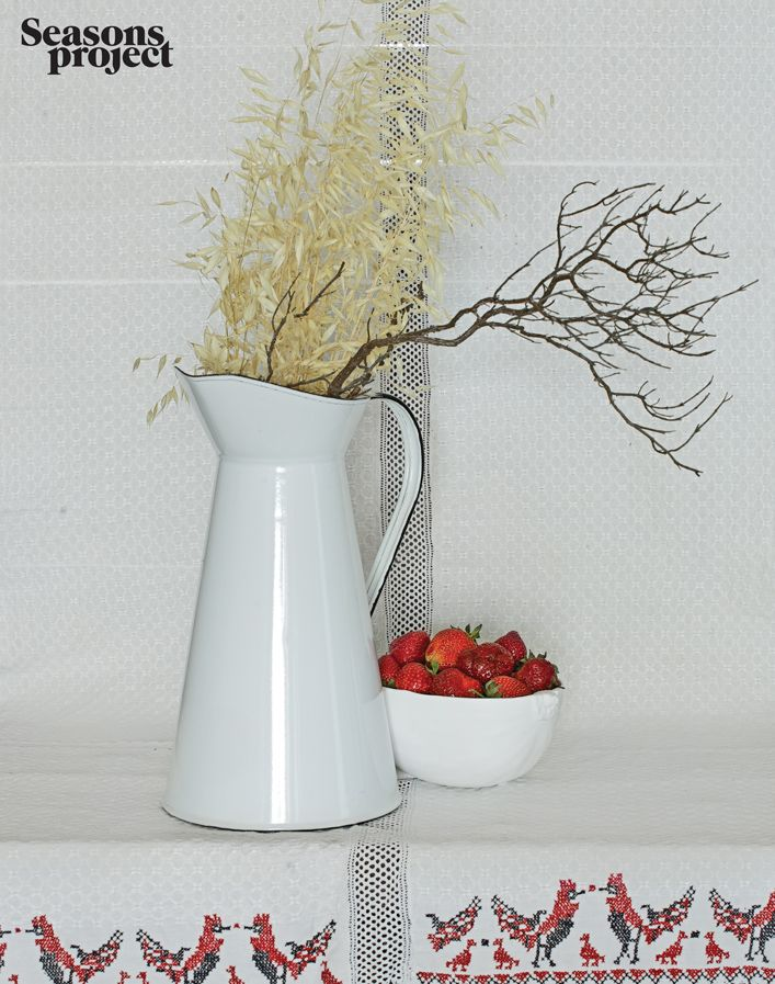 Seasons of life №4 / July-August issue #seasonsproject #seasons #mood #decor #white #strawberry #red