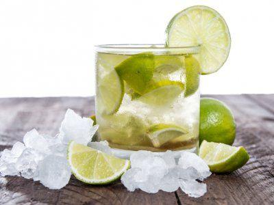 Caipirinha con Ron Blanco, drink up!