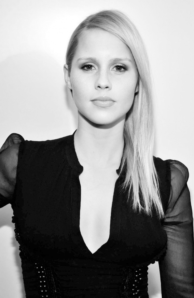 Athena massey red alert pictures to pin on pinterest - Claire Holt