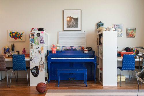 Kallax bookshelves as room dividers. Awesome.