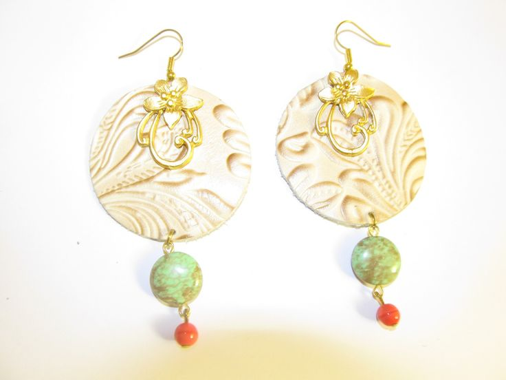 Handmade leather earrings (1 pair)  Made with embossed beige/gold leather, mat gold metal flower, semiprecious stones and glass beads.