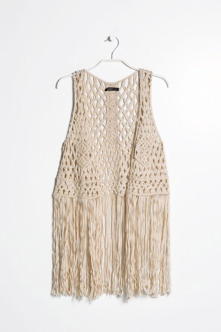 Verano 2014: flecos como decoración en la ropa y accesorios. http://www.aspeqtto.com/index.php/blogcito/item/el-encanto-del-verano