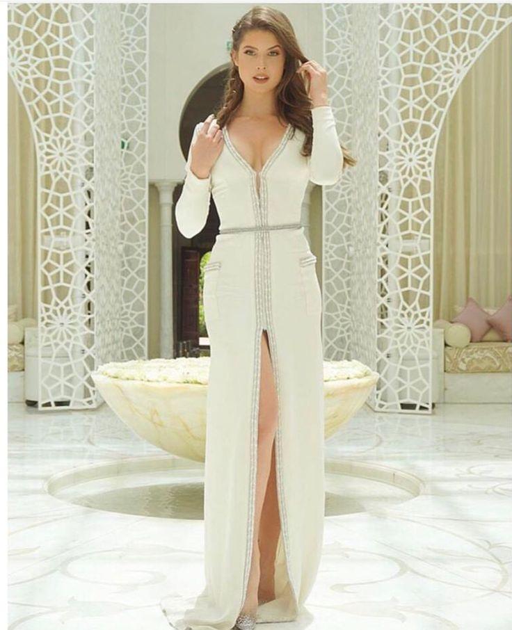 Model Amanda Cerney wearing a hot dress by Kayat. http://www.kayatdesign.com/