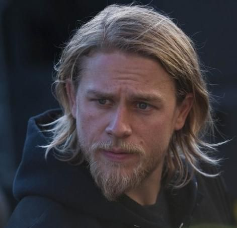 Jax Teller stands surveying all looking very much at peace. Description from moviepilot.com. I searched for this on bing.com/images