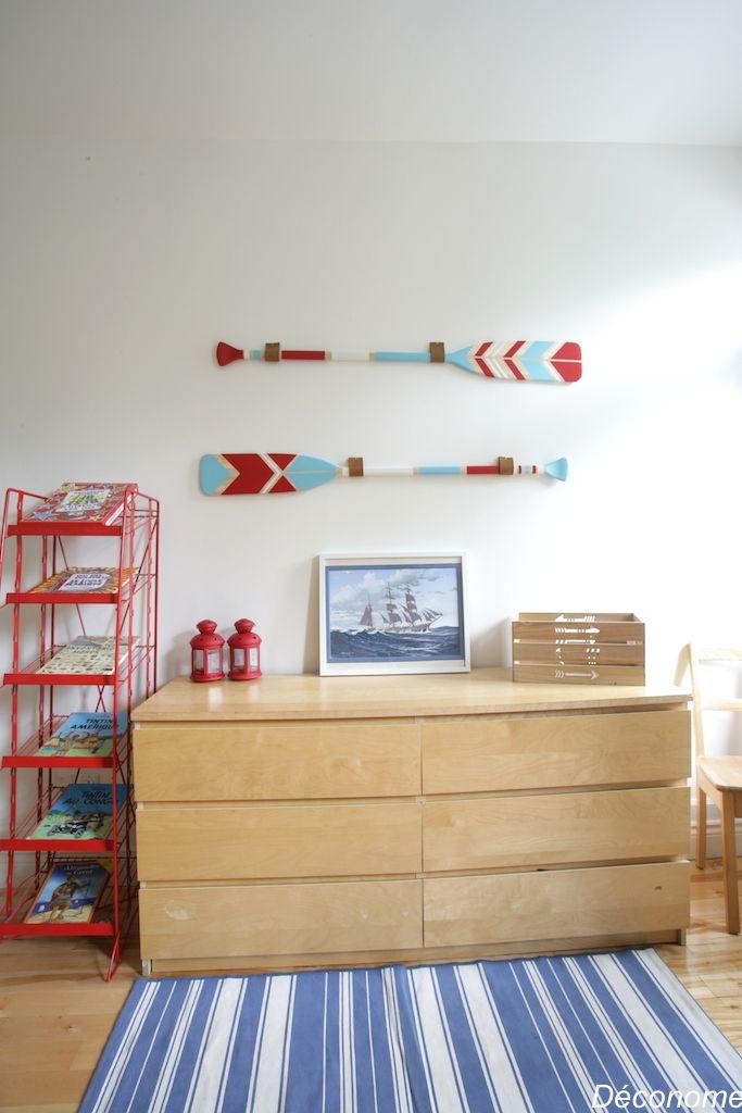 Je vous montre un DIY que je souhaitais faire depuis longtemps pour la chambre de mes enfants : des pagaies de canot en bois peintes à la main.
