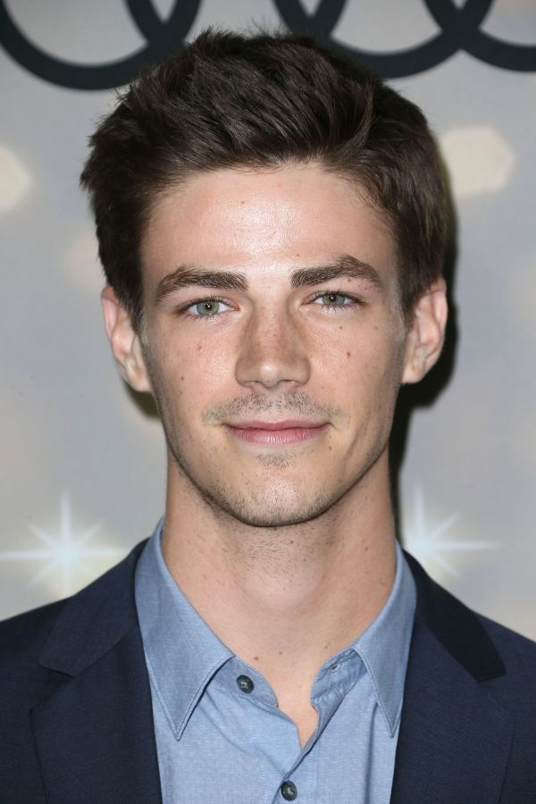 Grant Gustin Net Worth - Celebrity Sizes