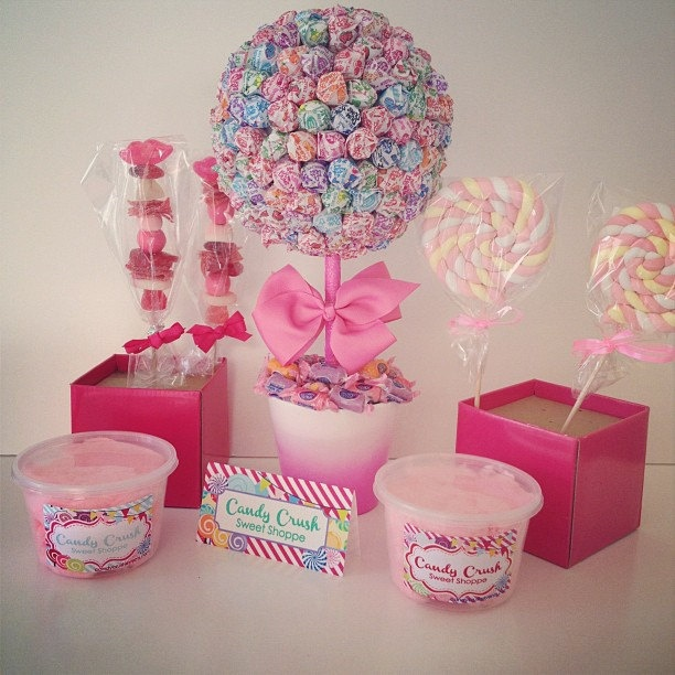 Candy Topiary Buffet -- could totally DIY this!!!