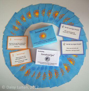 Zonnekaartjes kun je gebruiken als je te horen hebt gekregen dat een dierbare binnenkort zal sterven. Het zijn kaartjes om in gesprek te gaan en dierbare herinneringen op te halen. Dit kan alleen, of samen met familie en vrienden.