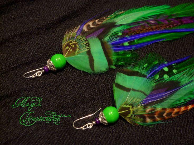 Купить Изумрудно-фиолетовые серьги из перьев - ярко-зеленый, зеленые серьги, фиолетовые серьги, серьги