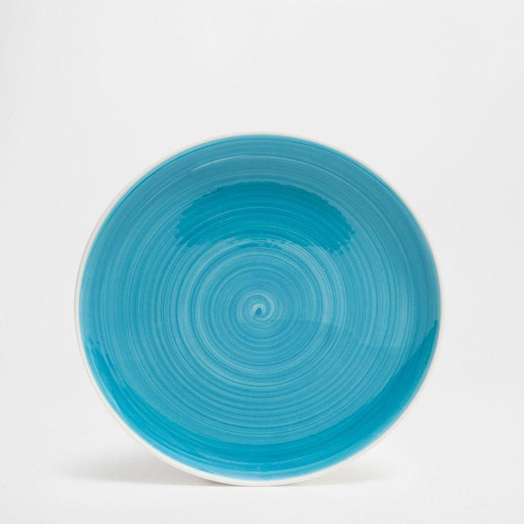 Blue swirly earthenware tableware