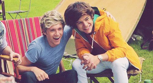 MY NARRY HEART<3 OMG THEY'RE TOO CUTE TO BE REAL. I CAN'T.....