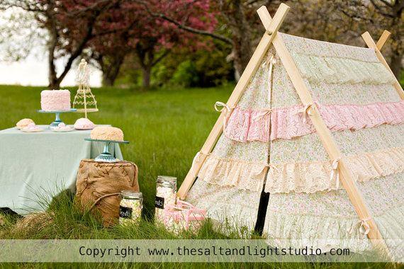 ruffle tentTeepe Ruffles, Girls Tents, Children Teepe, Ruffles Tents, Aframe Ruffles, Girls Birthday Parties, Photography Tents Children, Camps Parties, Aframe Tents