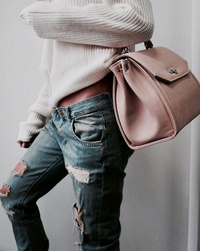 Jeans & vegan handbag in beige