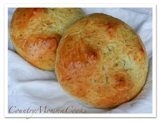 Herb Bread @CountryMommaCooks | Yummy Food | Pinterest