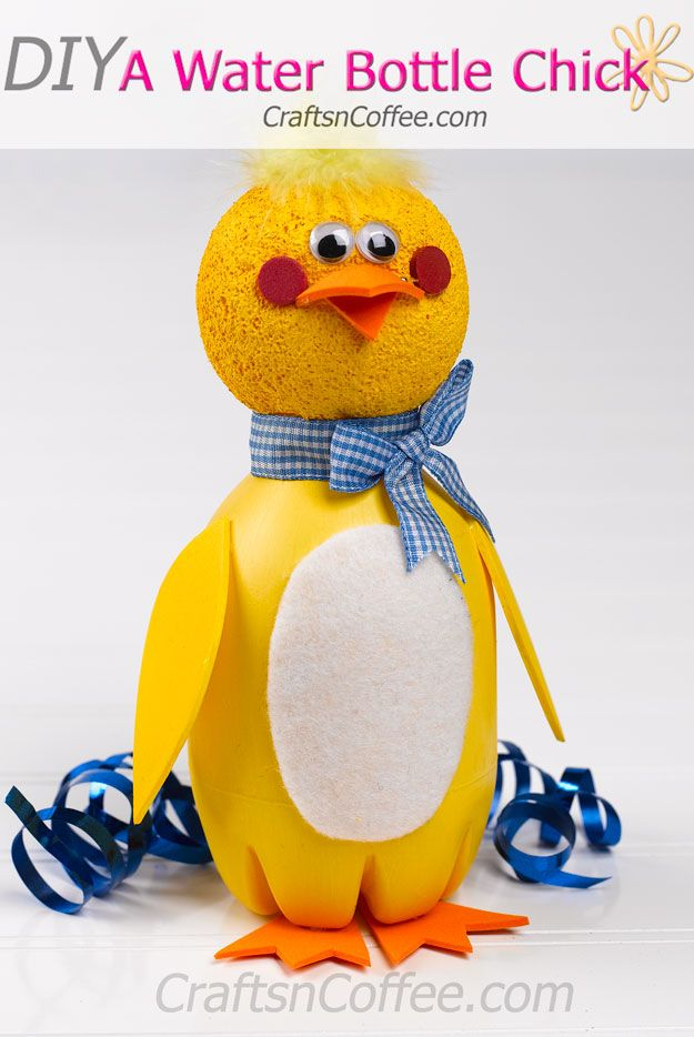 Here's a fun spring craft idea for the kids – repurpose a plastic water bottle and make this Water Bottle Chick. From his crazy hair to his wiggle eyes and bright orange feet, he's goofy fun that k…