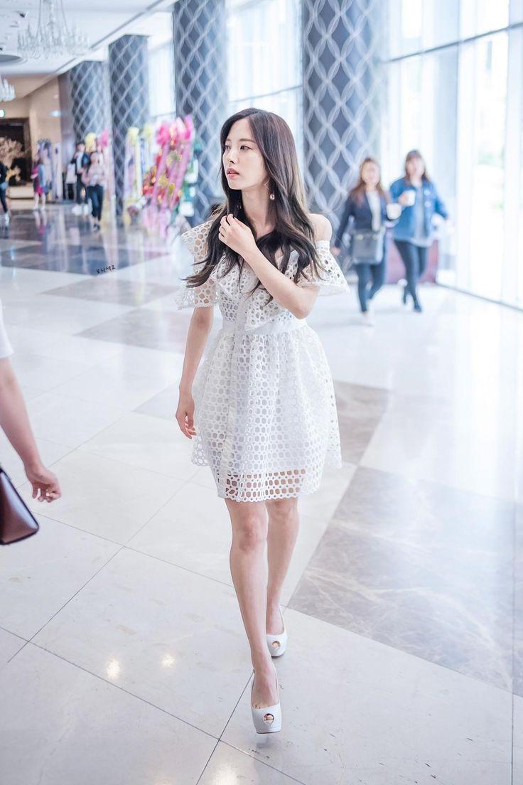 Cosmic Girls Wjsn Bona 보나 Kim Jiyeon 김 지연 August