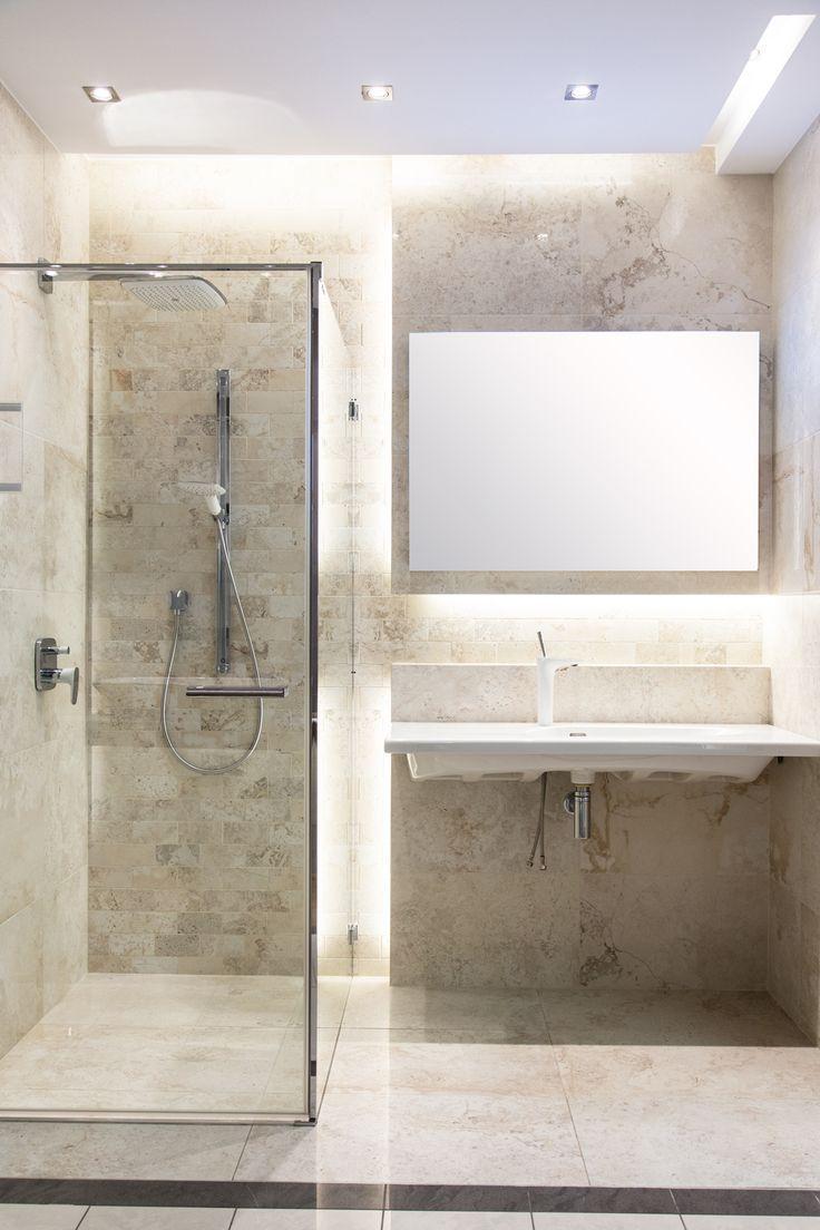 #Viverto #inspiracjeViverto #łazienka #bathroom #tiles #płytki #kolory #inspiracja #inspiracje #pomysł #idea #perfect #beautiful #nice #cool #wnętrze #design #wnętrza #wystrójwnętrz #łazienki #jasno #pięknie #ściana #wall #light #white #biel #beże #beż #sun #sunny
